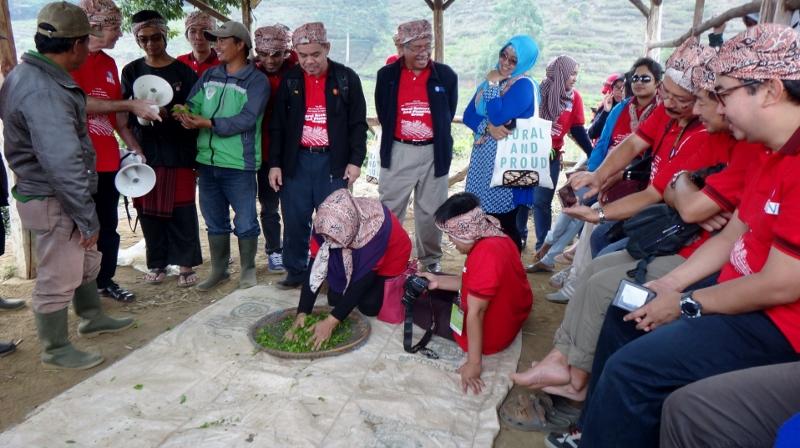 Participants try a manual tea processing at Puncak, Bogor. 29 September 2015.